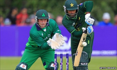 Pakistan's Taufeeq Umar bats at Stormont, watched by Ireland wicketkeeper Gary Wilson