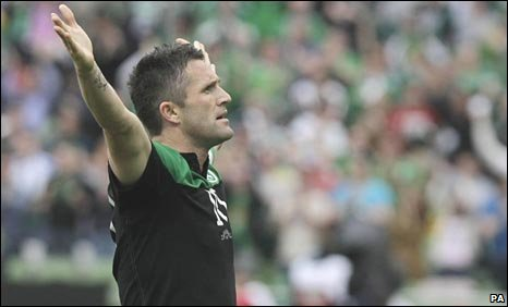 Robbie Keane celebrates his goal for Ireland