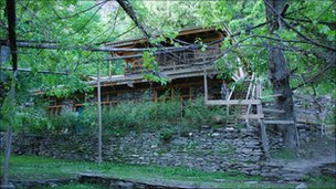 kalash house that akiko lives in