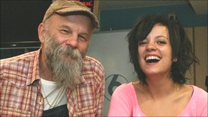Seasick Steve with fellow performer Lily Allen
