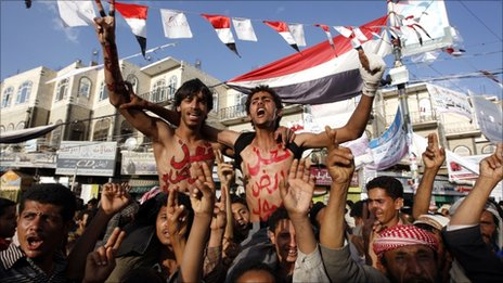Anti-government protesters in Sanaa 31 May