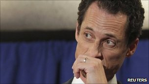 Anthony Weiner speaks to reporters in New York. Photo: 6 June 2011