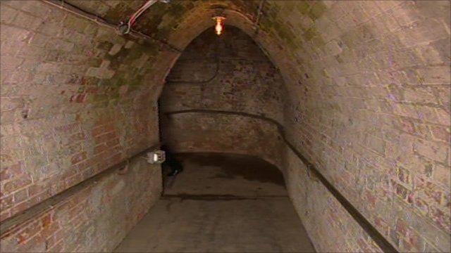 Dover Castle's underground tunnels revealed - BBC News