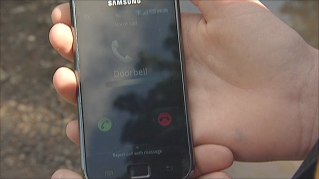 Ringing the doorbell prompts a call on the homeowner's mobile phone