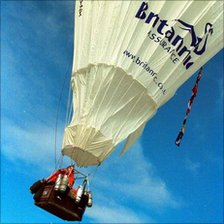 David Hempleman-Adams on first balloon challenge to the North Pole in 2000