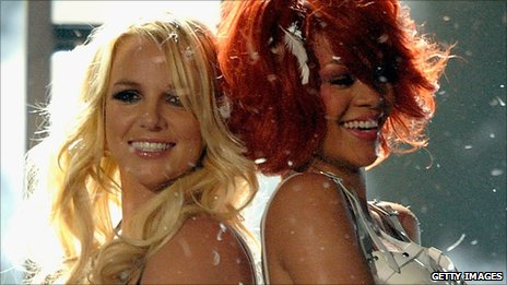 Britney Spears and Rihanna perform at the Billboard Awards 2011