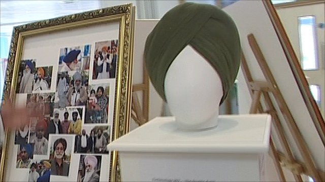 A turban at the exhibition