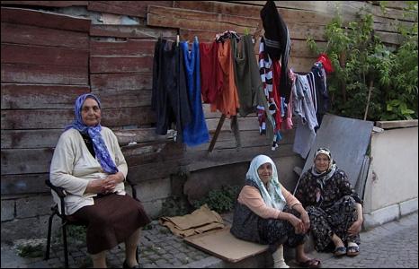 Women in Istanbul