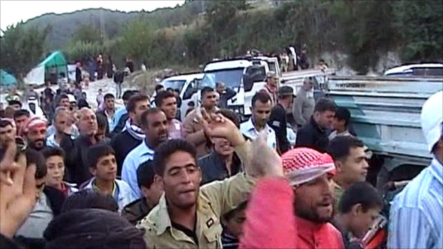Syrian refugees on the Turkish border