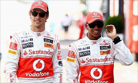 Jenson Button (l) and Lewis Hamilton