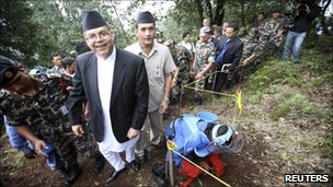 Nepalese PM Jhala Nath Khanal visits Phulchoki on 14 July 2011