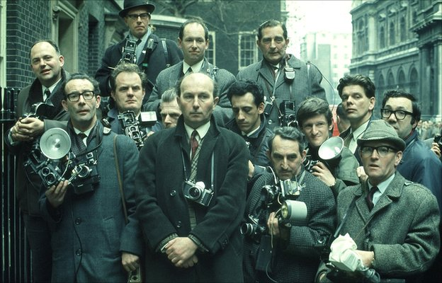 Press photographers in Downing Street, 1968