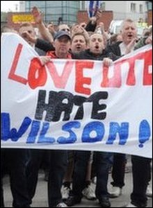 Sheffield United fans protest