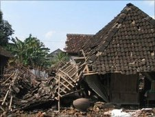 A house devastated by the 2006 earthquake