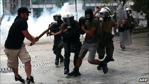Police clash with protesters in Athens, 15 June 2011