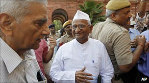 Anna Hazare with civil society members on 15 June 2011