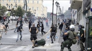 Riot police and protesters in Athens, Greece (15 June 2011)