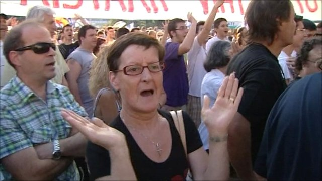 Protesters chanting outside parliament in Athens