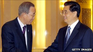 Ban Ki-moon and President Hu Jintao of China