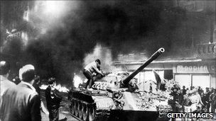soviet tanks in Prague 1968