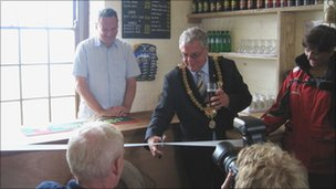Cardiff lord mayor Delme Bowen performs the opening duties at The Gull and Leek