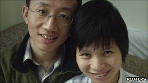 Hu Jia and his wife Zeng Jingyan. File photo