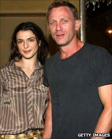 Rachel Weisz and Daniel Craig in New York City in September 2004