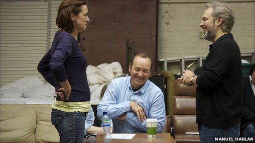 haydn gwynne,kevin spacey and sam mendes during rehearsals