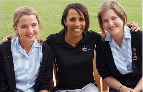 Dame Kelly Holmes with School Reporters Elizabeth and Olivia (Credit: Julia Burley)