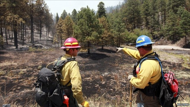 Los Alamos. Los Alamos fire: Crews gaining