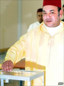 King Mohammed VI of Morocco casts his ballot at a voting station in Sale, near Rabat on 1 July 2011