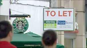 To Let sign in High Street