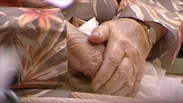 Elderly pair of hands