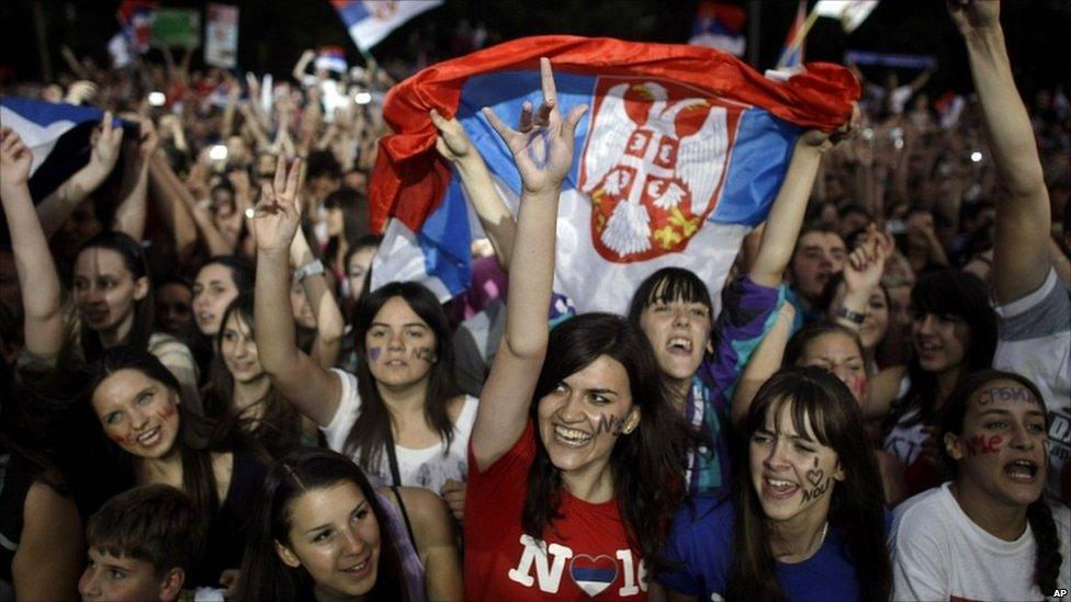 bbc news   in pictures serbs hail champion djokovic