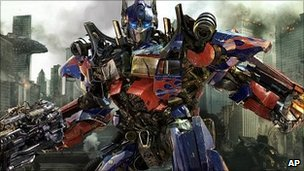 Still from Transformers: Dark Of The Moon