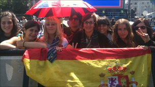 Marina Gomez (third from the left) and her friends from Spain
