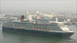 Cunard's Queen Elizabeth arriving in Southampton in October 2010