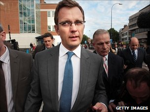 Andy Coulson leaves Lewisham Police station (8 July 2011)