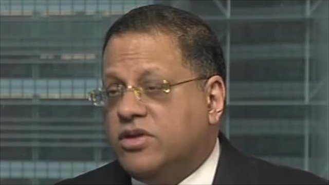 Arjuna Mahendran, HSBC Private Bank