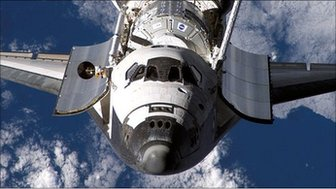 Space shuttle Discovery in 2007