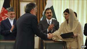Hamid Karzai, Zalami Rassoul, Yousuf Raza Gilani and Hina Rabbani Khar