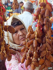 Tunisian woman with dates