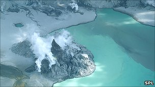Mt Pinatubo's caldera