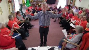 Grenville Jones leads a Golden-Oldies carol service
