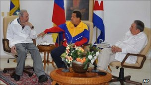 Fidel Castro (left) and Hugo Chavez, file pic from 2011