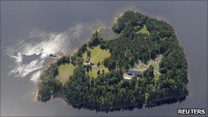 Utoeya island , Norway