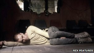 Ewan McGregor in a scene from Trainspotting