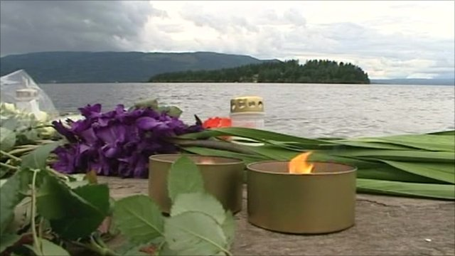 Tributes left on Utoeya island