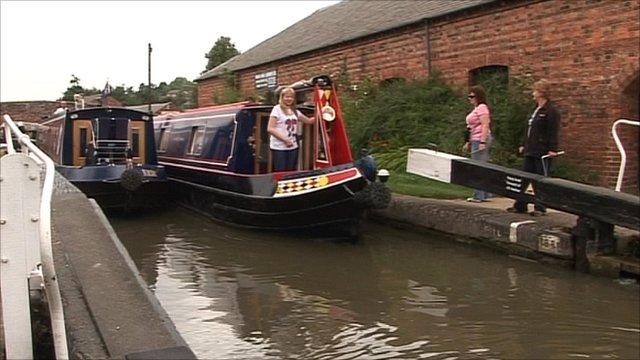 Northamptonshire canal lock