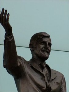 Jimmy Hill unveiled his own statue at Coventry's Ricoh Arena